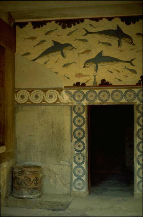 Blue dolfins in Knossos Photo: O.Leholt - Canon TX